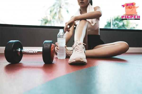 เผย!! 5 วิธี ลดอันตรายต่อสุขภาพอันเกิดจากการทำงานหนักมากไป สุขภาพ กีฬา ลดน้ำหนัก หุ่นดี วิ่งเพื่อสุขภาพ อันตรายจากการทำงานหนัก