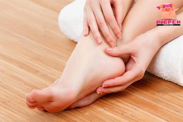 ส้นเท้าแตกจะไม่น่ากังวลอีกต่อไป หากทำแบบนี้ สุขภาพ กีฬา ลดน้ำหนัก หุ่นดี วิ่งเพื่อสุขภาพ วิธีดูแลส้นเท้าแตก